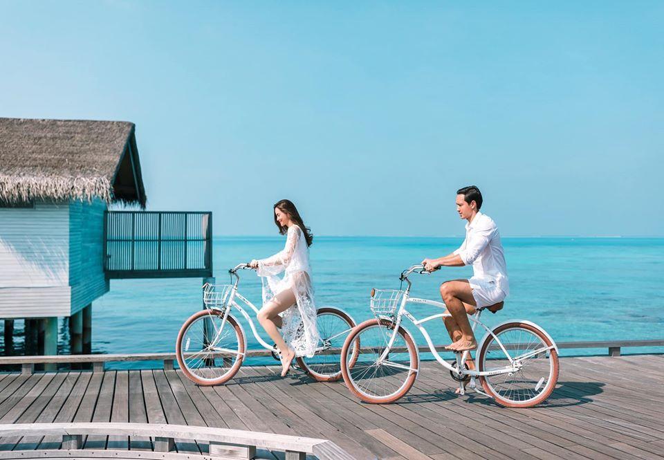 Hồ Ngọc Hà, Kim Lý và Subeo lên đồ ton-sur-ton chụp ảnh GIA ĐÌNH đẹp như tranh vẽ-6