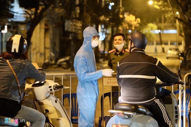 Hà Nội họp khẩn trong đêm về dịch Covid-19-1