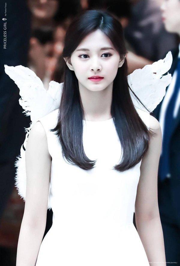 Những idol/nhóm nhạc fan Kpop ai cũng biết mặt nhưng luôn đọc sai tên-2