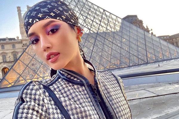 Khánh Linh không bị cách ly khi trở về từ Pháp-1
