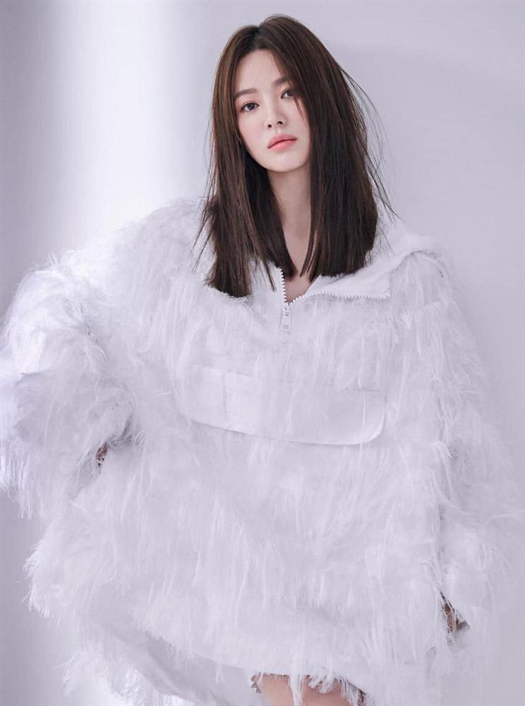 Song Hye Kyo bị chỉ trích vì xuất hiện trên tạp chí Thái Lan-3