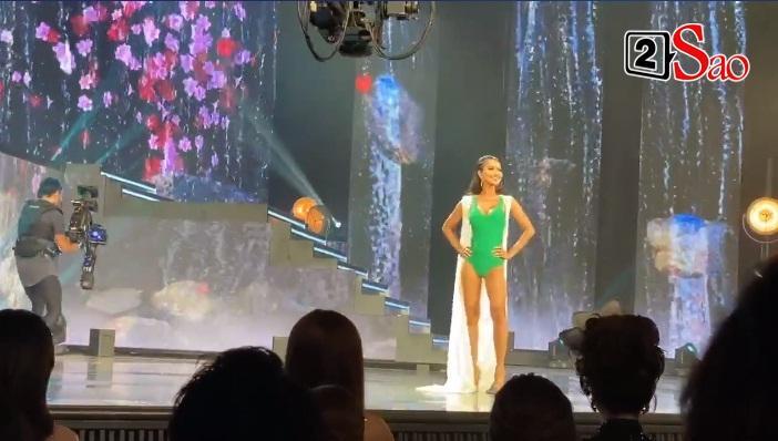 Hoài Sa và top 12 trình diễn bikini bốc lửa-3