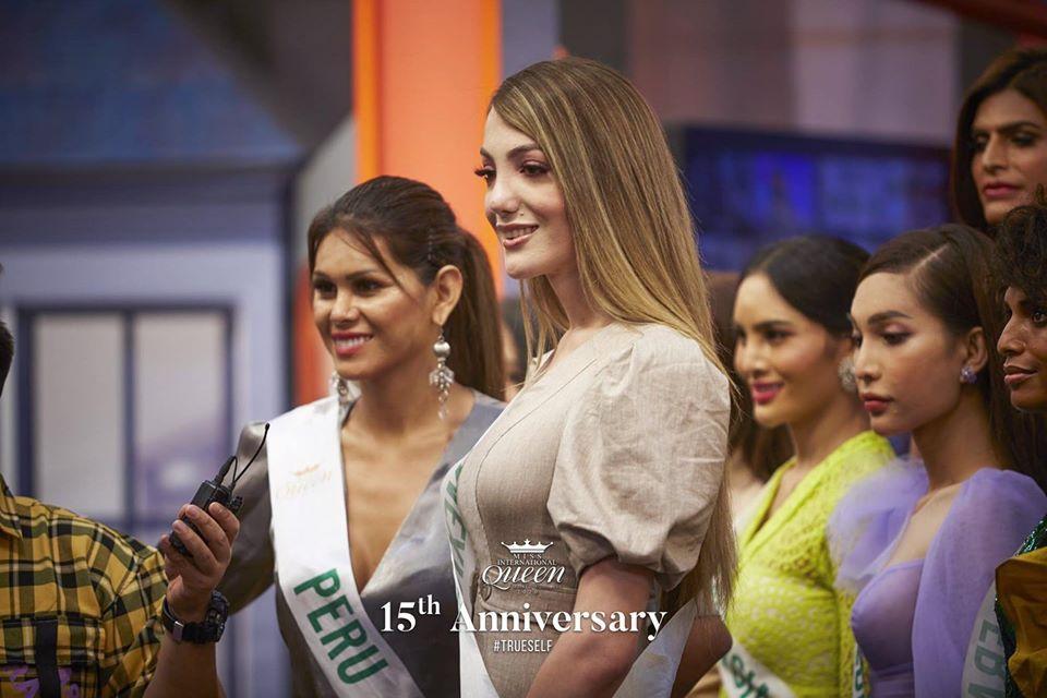 Nhan sắc tân Hoa hậu Chuyển giới 2020 kém nổi bật, vừa đăng quang đã bị khui ảnh dao kéo-8