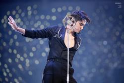 Kai (EXO) chứng minh danh hiệu 'cỗ máy nhảy'