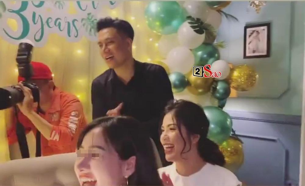 Gần 1 năm ly hôn bão tố, Việt Anh và vợ cũ lần đầu vui vẻ xuất hiện trong một khung hình-5