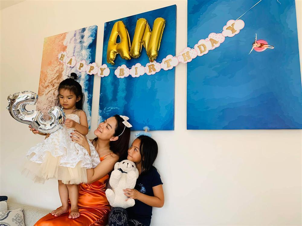 Phạm Quỳnh Anh - Quang Huy vui vẻ đoàn tụ chúc mừng sinh nhật con gái út-6