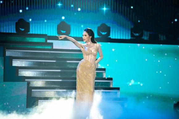 Hoa hậu Hương Giang nói gì trước kết quả của đại diện Việt Nam tại Hoa hậu Chuyển giới Quốc tế 2020?-4