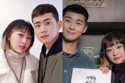 Đôi trẻ Hàn Quốc làm tóc bắt chước diễn viên phim 'Itaewon Class'