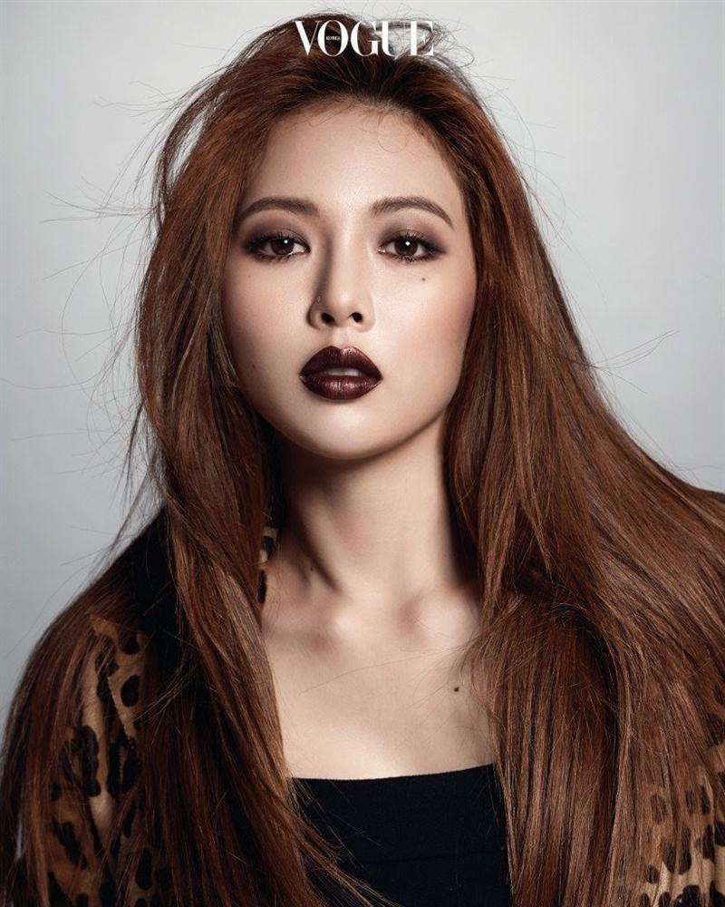 Lisa, HyunA đánh môi thâm vẫn được khen xinh đẹp-6