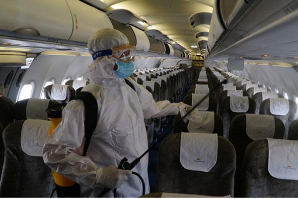 TP.HCM cách ly thêm 2 trường hợp cùng đi trên chuyến bay VN0054-1