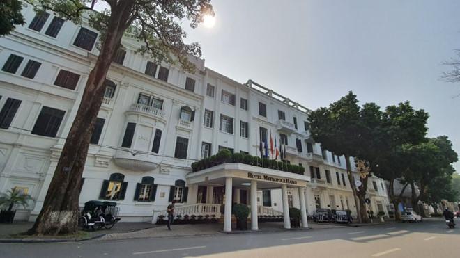 Ngoài phong tỏa khách sạn sang nhất Hà Nội Metropole, 2 khách sạn khác trong khu phố cổ cũng đã bị cách ly-1