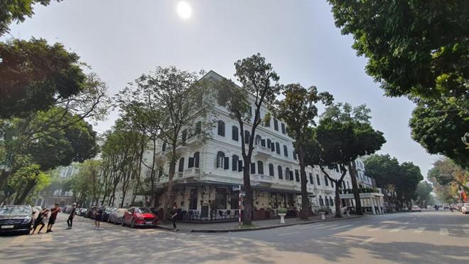 Ngoài phong tỏa khách sạn sang nhất Hà Nội Metropole, 2 khách sạn khác trong khu phố cổ cũng đã bị cách ly-2