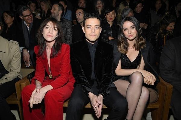 Brooklyn Beckham, Rose Black Pink xem show thời trang cùng chị gái bệnh nhân Covid thứ 17-8