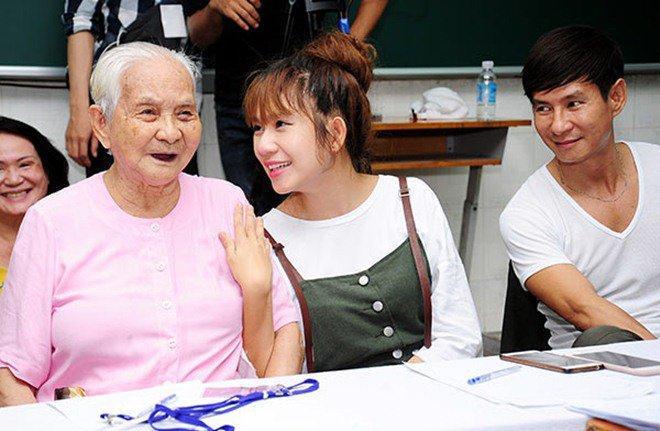 Mắc bệnh tuổi già, mẹ ruột Lý Hải quên mất tên con trai: Hình như cậu cùng dòng họ tôi-6