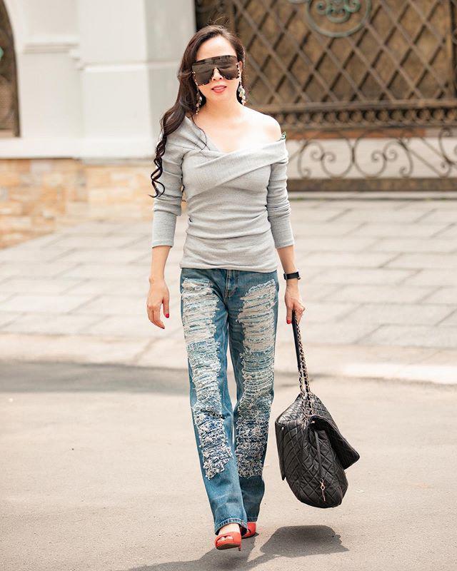 Bộ sưu tập những chiếc quần jeans rách toang, mặc lần nào thảm họa lần đấy của Phượng Chanel-1