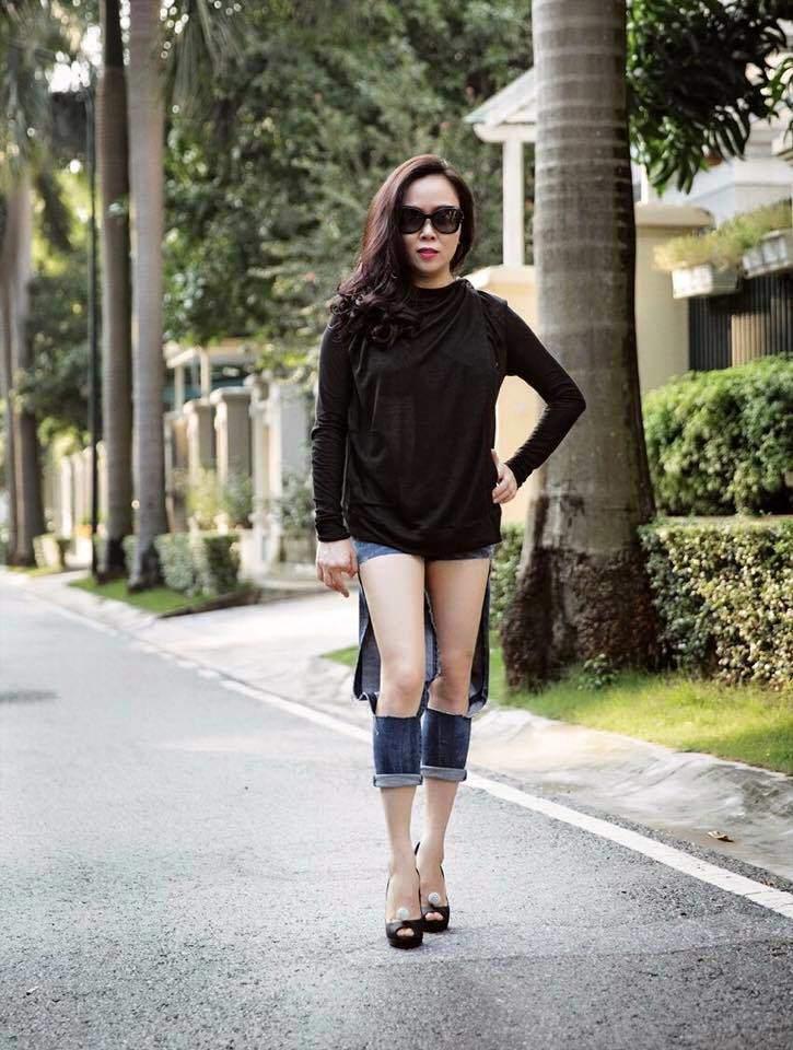 Bộ sưu tập những chiếc quần jeans rách toang, mặc lần nào thảm họa lần đấy của Phượng Chanel-3