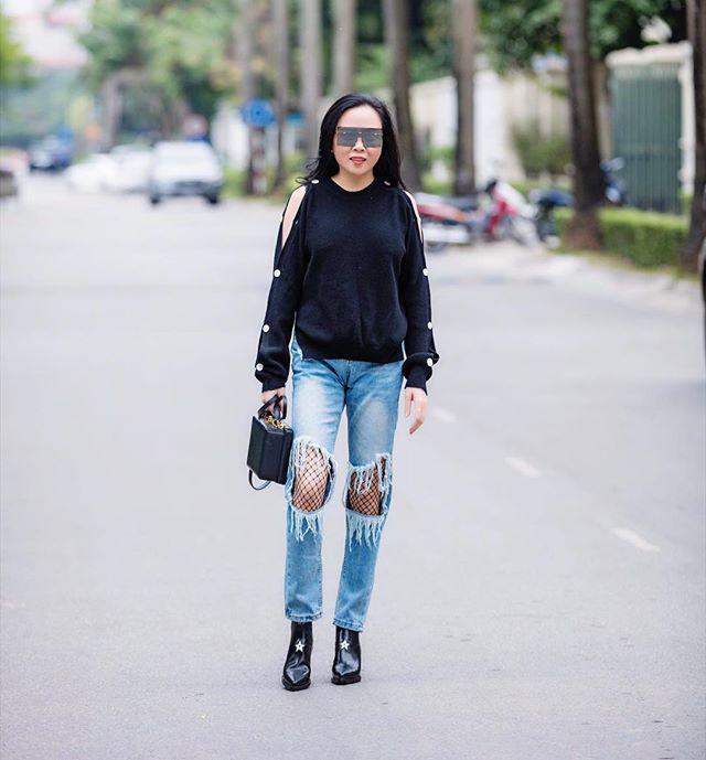 Bộ sưu tập những chiếc quần jeans rách toang, mặc lần nào thảm họa lần đấy của Phượng Chanel-6