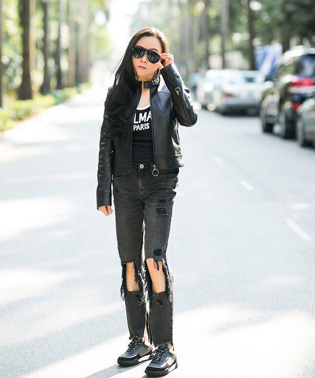 Bộ sưu tập những chiếc quần jeans rách toang, mặc lần nào thảm họa lần đấy của Phượng Chanel-5