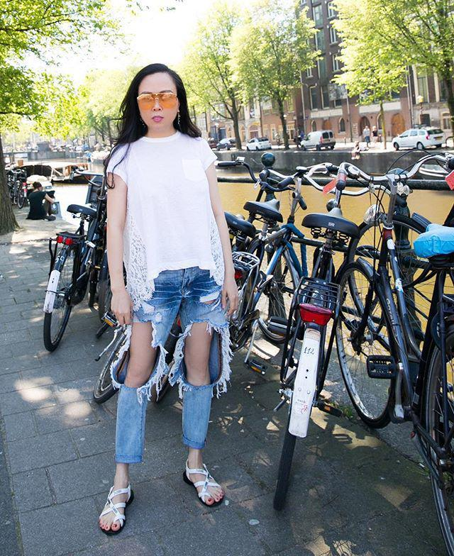 Bộ sưu tập những chiếc quần jeans rách toang, mặc lần nào thảm họa lần đấy của Phượng Chanel-8