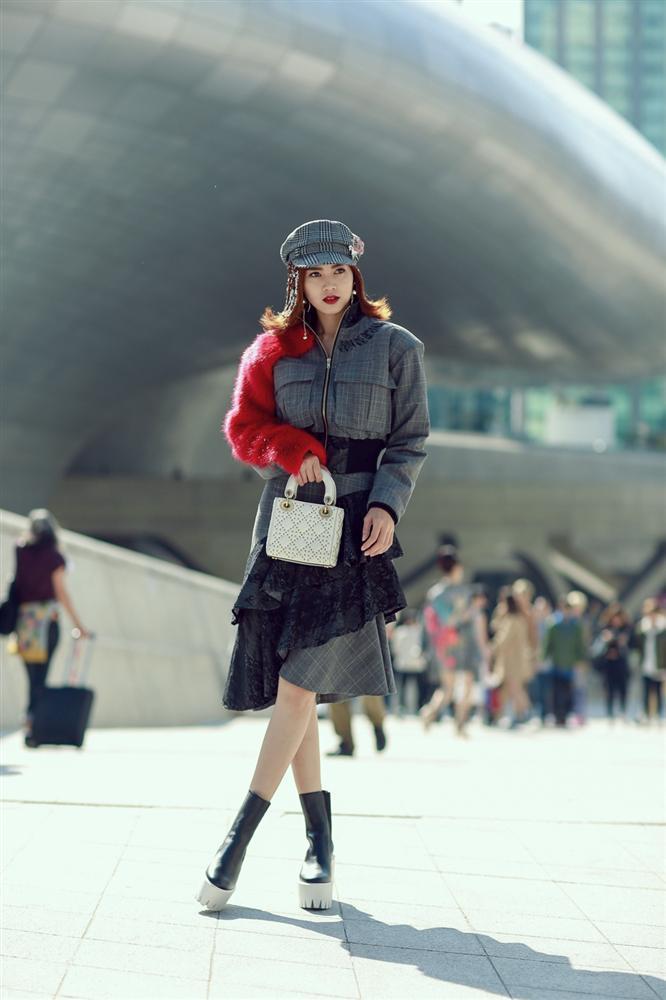 Bóc giá tấm vé dự fashion week của các rich kid và tín đồ thời trang-7