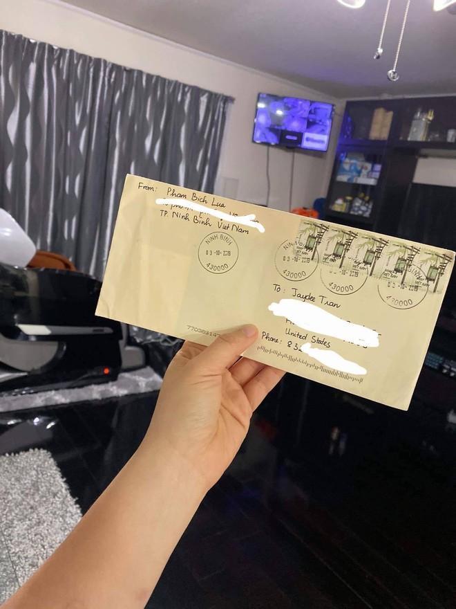 Cặp đồng tính nữ và chuyện yêu xa qua những bức thư tay, cô gái Việt phải trốn nhà để gặp người yêu từ Mỹ-4