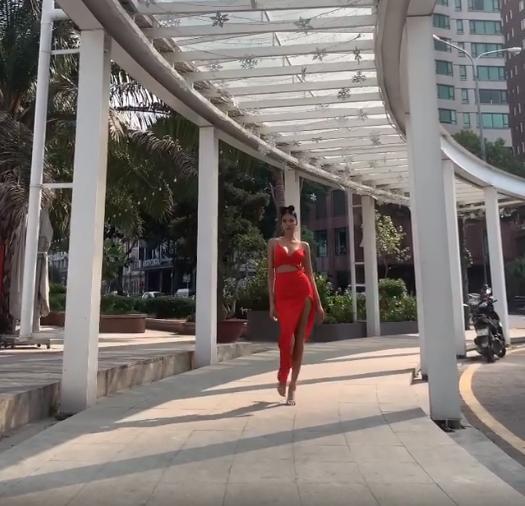 Bamboo Walk mà Hoàng Thùy chưa có cơ hội khoe tại chung kết Miss Universe lợi hại cỡ nào?-1