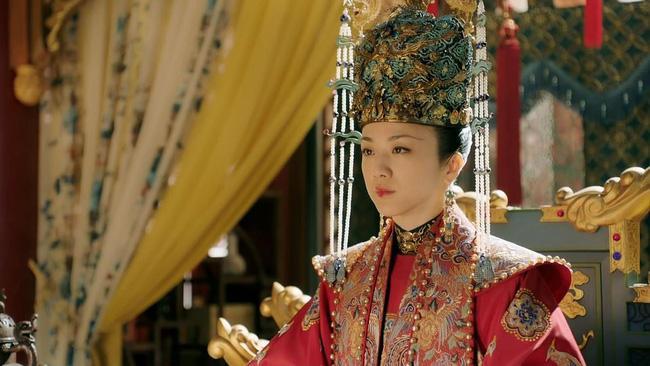 Sao hạng A sa cơ thất thế khi đóng phim truyền hình: Châu Tấn xuống sắc, Tôn Lệ diễn lố, Thang Duy quê mùa-3