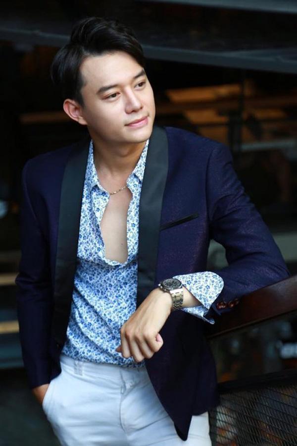 Bảo Thanh - Anh Dũng: Người giàu có sắm biệt thự xe sang, người dính tin đồn cặp kè phú bà showbiz-5