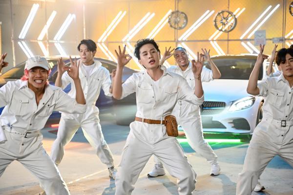 Mừng MV đạt top 1 trending, Jack tung clip cận cảnh vũ điệu 'mài mái mai' tặng fan-3