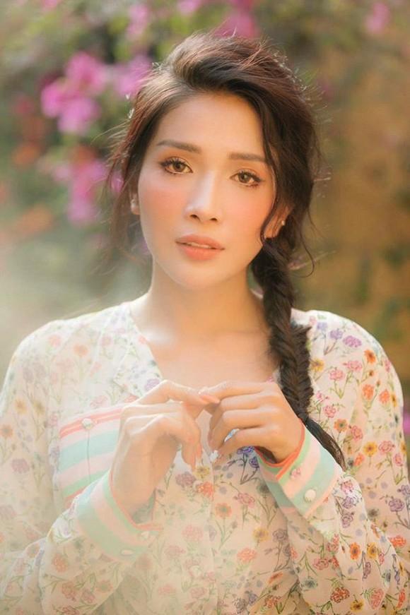 Diễn viên Khả Như đứng hình khi fan nhắn tin cầu xin 1 triệu tiền card để giúp gia đình qua khó khăn-3