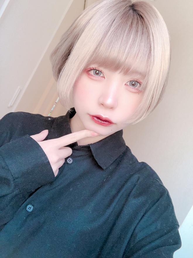 Nữ game thủ Nhật Bản gây tranh cãi khi công khai ảnh mặt mộc-2