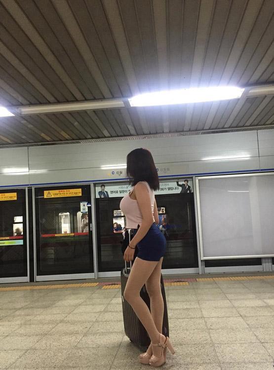 Chỉ vì một bức ảnh, dân mạng rần rần khuyên cô gái đừng ra ngoài buổi đêm-2