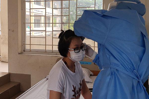 Tất cả 115 ca nghi nhiễm Covid-19 tại TP.HCM đều đã âm tính, tiếp tục xác minh 10/35 người bay cùng nữ bệnh nhân 34-1