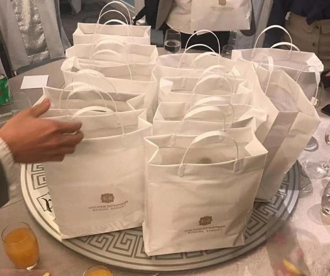 Lo sợ dịch Covid-19, nhà hàng tiệc cưới gói thức ăn cho khách mang về-1