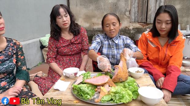 Có thù với món rán cứ làm là hỏng, bà Tân Vlog liền nghĩ ra cách nấu ăn siêu khéo-8