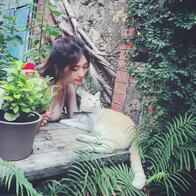 Hot girl Đài Loan bị nghi photoshop vòng một trong các ảnh đăng mạng-5