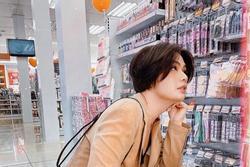 Chơ vơ giữa siêu thị, Đào Bá Lộc đắn đo không biết mua gì về cho 'chồng'