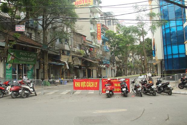 Hà Nội kêu gọi công dân trở về từ các vùng dịch làm xét nghiệm COVID-19 miễn phí-1
