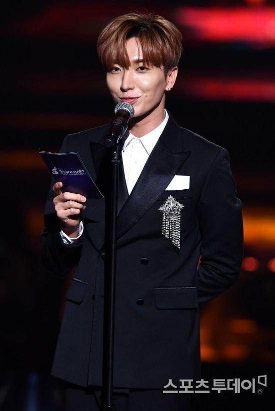 Phong cách lựa chọn trưởng nhóm idol group của ba ông lớn SM-JYP-YG có gì khác biệt?-5