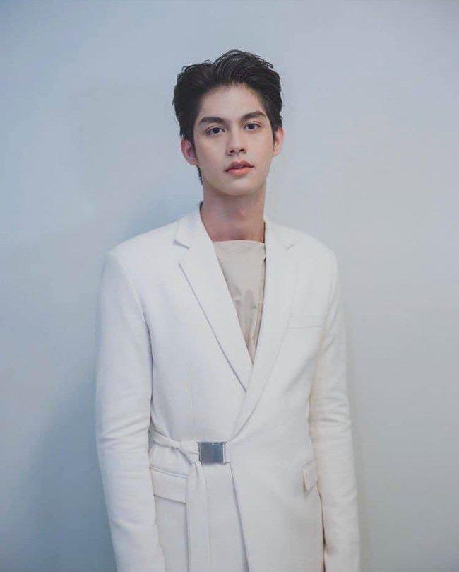 Đến chị đại The Face Thailand cũng mê mẩn hotboy đam mỹ Bright Vachirawit-7