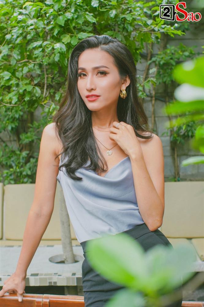 Hoa hậu Chuyển giới Hoài Sa: Hương Giang mới là người buồn khi bị so sánh với tôi-2