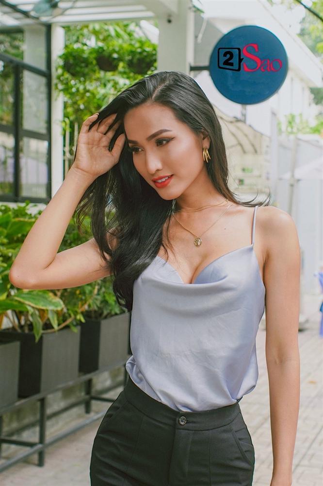 Hoa hậu Chuyển giới Hoài Sa: Hương Giang mới là người buồn khi bị so sánh với tôi-3
