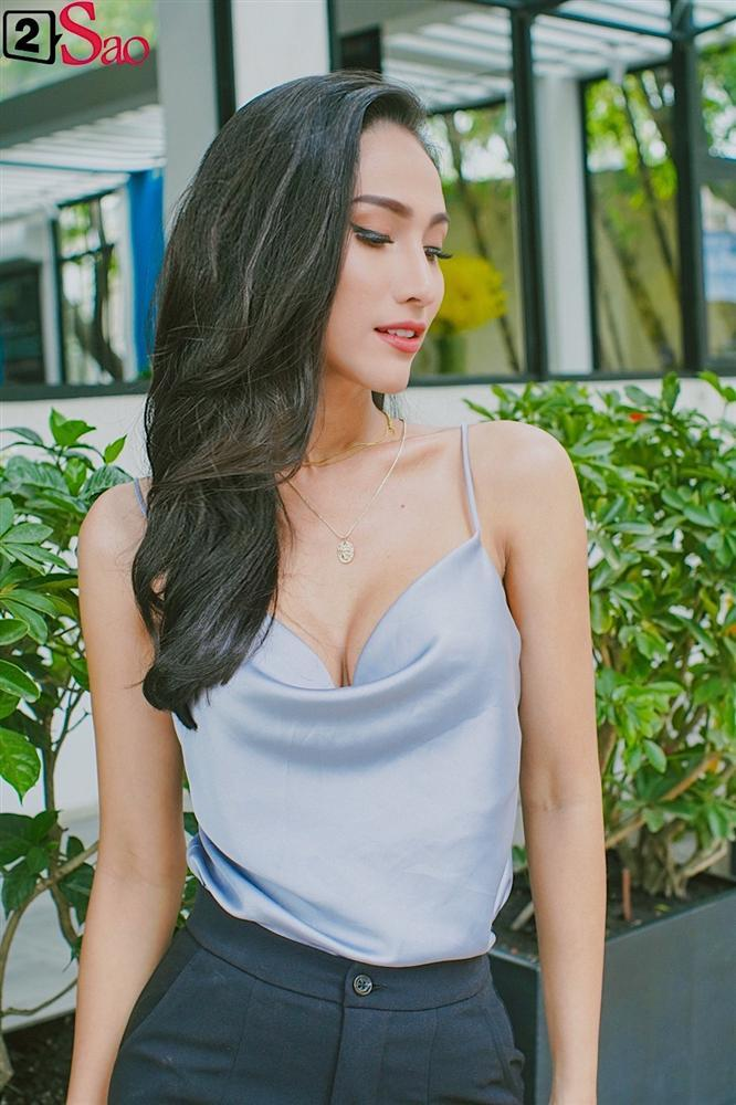 Hoa hậu Chuyển giới Hoài Sa: Hương Giang mới là người buồn khi bị so sánh với tôi-5