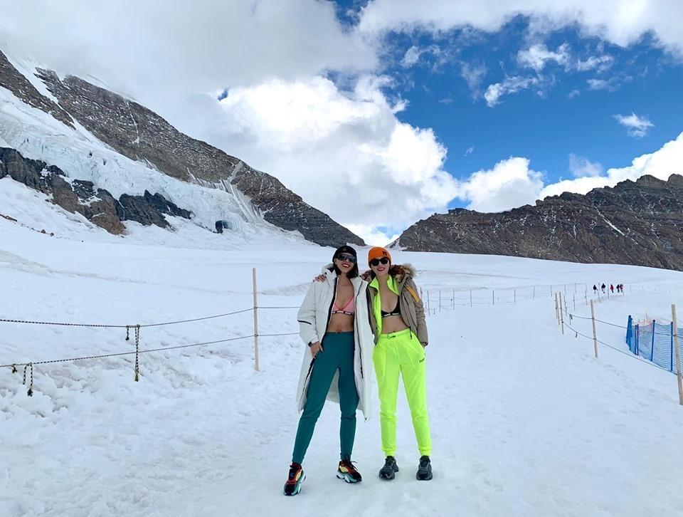 Phạm Hương đu trend mặc bikini giữa trời tuyết chậm cả nửa năm trời, vẫn bị soi chi tiết kém sang-5