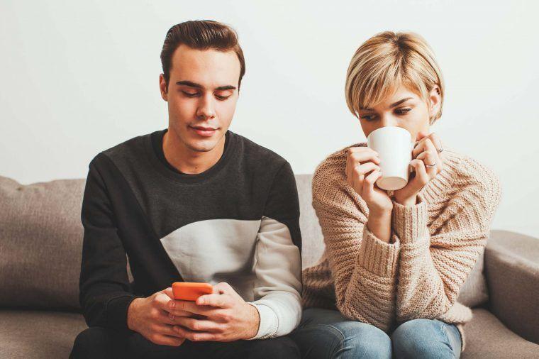 7 thói quen khiến mối quan hệ giữa các cặp đôi ngày càng nguội lạnh-1