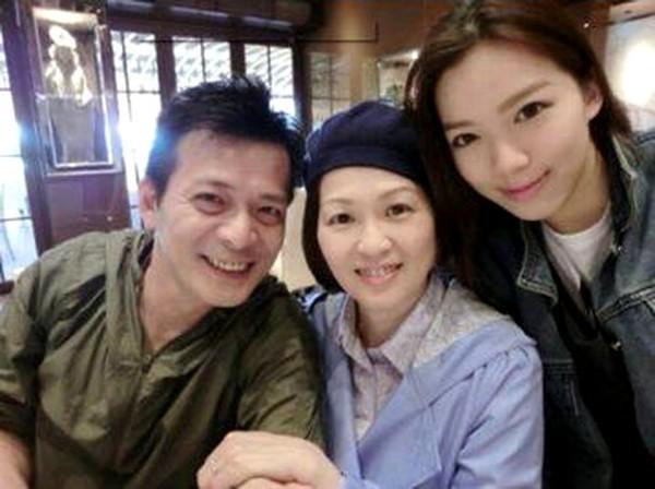 Nam thần một thời của TVB: sự nghiệp xuống dốc vì vạ miệng, tán gia bại sản cứu vợ bị bệnh ung thư-8