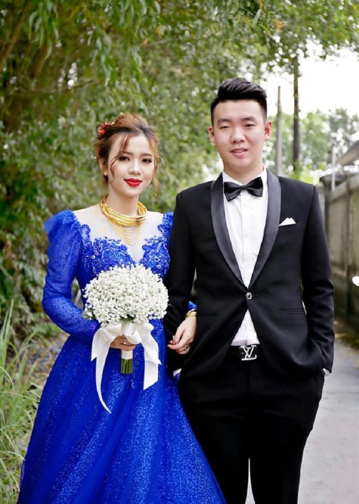 Vợ thích mặc nhiều váy trong ngày cưới nhưng không đủ tiền, anh chồng nghĩ ra cách không thể bá đạo hơn-3