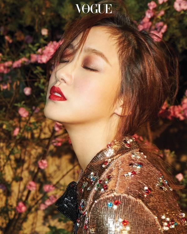 Kim Go Eun - từ kiều nữ phim 18+ đến nàng thơ của Lee Min Ho-11