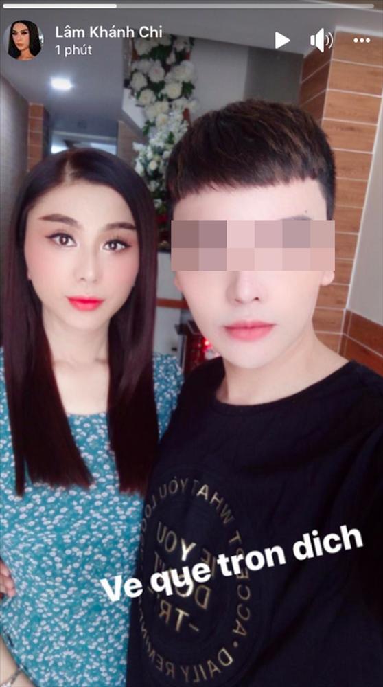 Hôm qua lộ ảnh mắt xếch, Lâm Khánh Chi hôm nay xuất hiện trẻ như gái đôi mươi-1