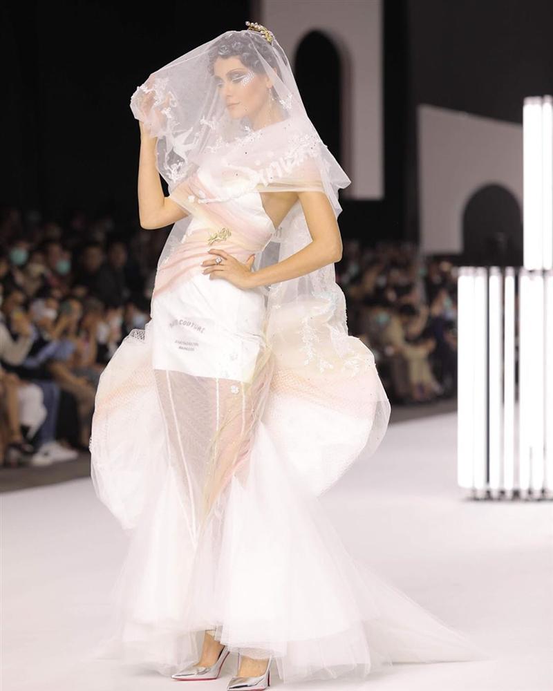 Bản tin Hoa hậu Hoàn vũ 17/3: Khán giả quốc tế gọi Hoàng Thùy là thiên thần vì lý do này!-11